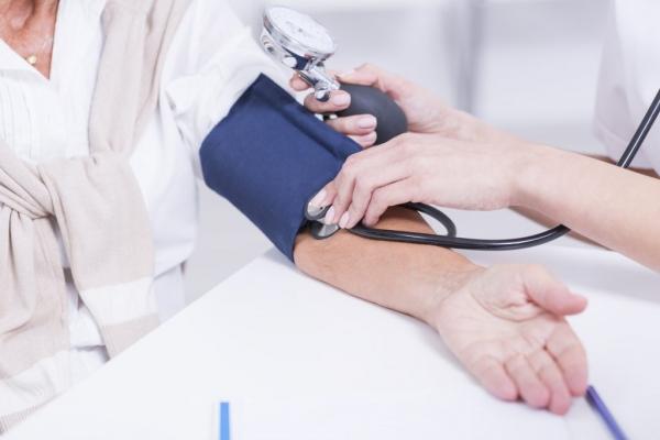 Hipertensión Arterial: causas y tratamiento